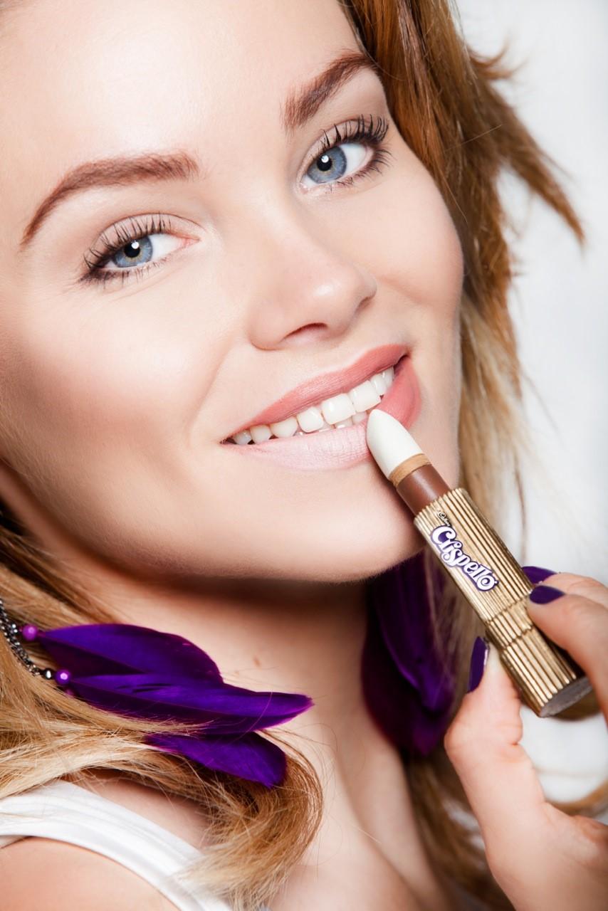Sweet Taste Of Cosmetics With Cadburys Crispello Lipstick Eye Candy